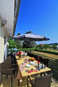 gite-biars-terrasse